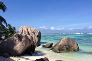 Seychellen: traumhafte Sandstrände und türkisblaues Meer