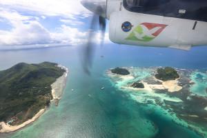 Seychellen: Inselhopping mit der Propellermaschine
