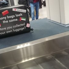 Schreck am Gepäckband