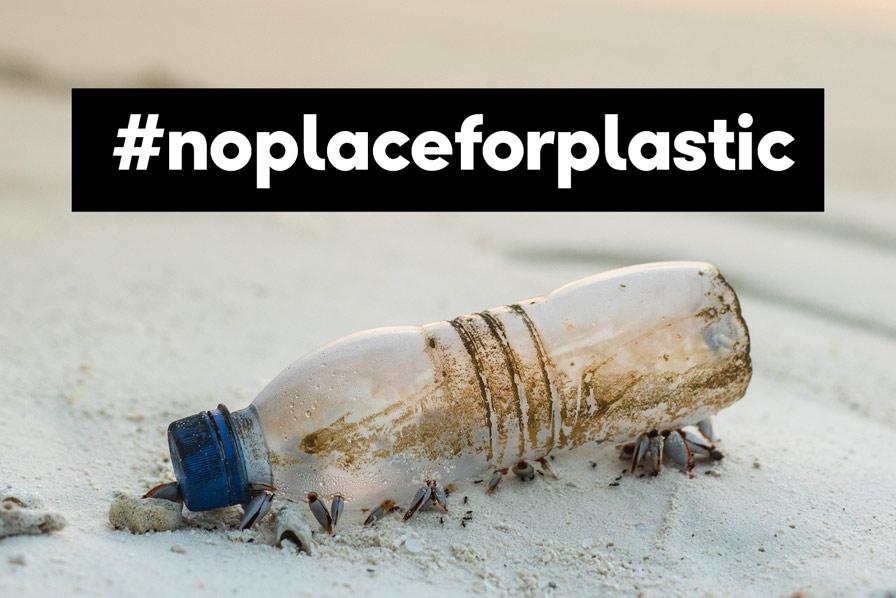 #noplaceforplastics, Plastikflasche am Strand, Condor, Thomas Cook Group Airlines