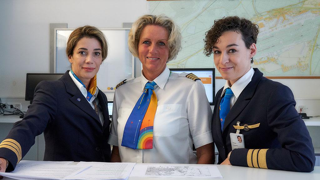 Condor Cockpit Crew, Frauen