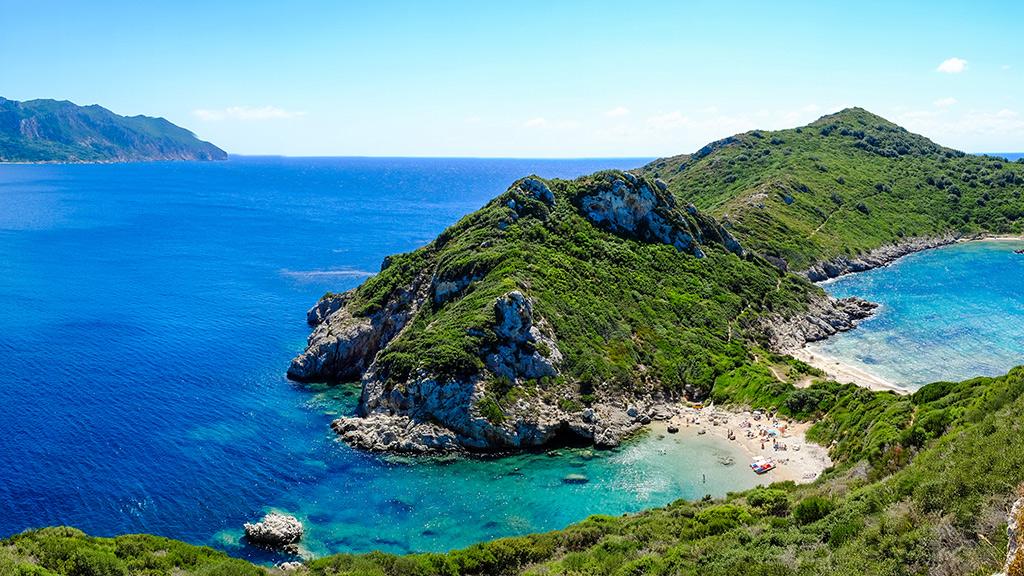 Blick auf Porto Timoni Beach, kleine Bucht in Korfu
