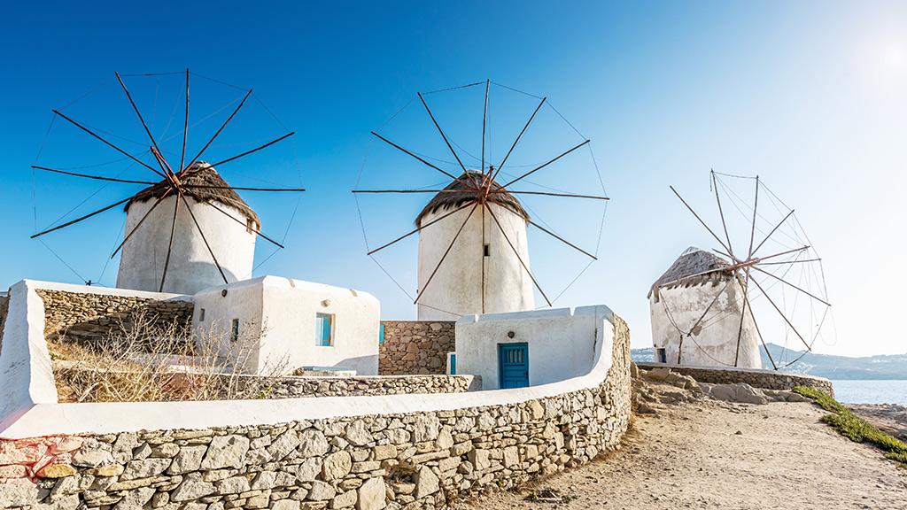 Historische Windmuehlen auf Mykonos
