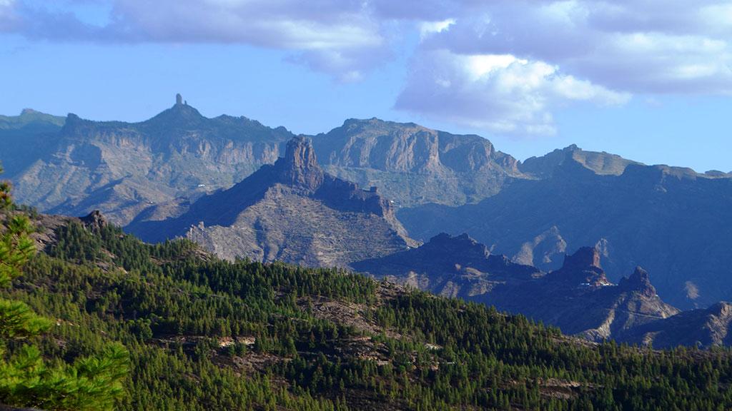 Blick auf das Tamadaba Massiv auf Gran Canaria