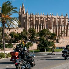 Auf einer Motorradtour Mallorca entdecken